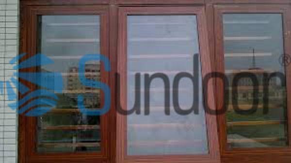 cửa sổ mở hất 3 cánh nhôm Xingfa