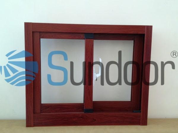 mẫu cửa sổ mở trượt vân gỗ xingfa