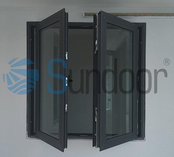 Cửa sổ 2 cánh mở quay nhôm Xingfa có cầu cách nhiệt