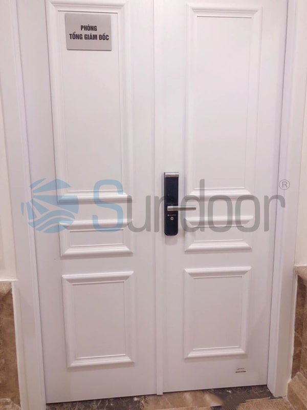 Cửa phòng ngủ gỗ Composite phào nổi