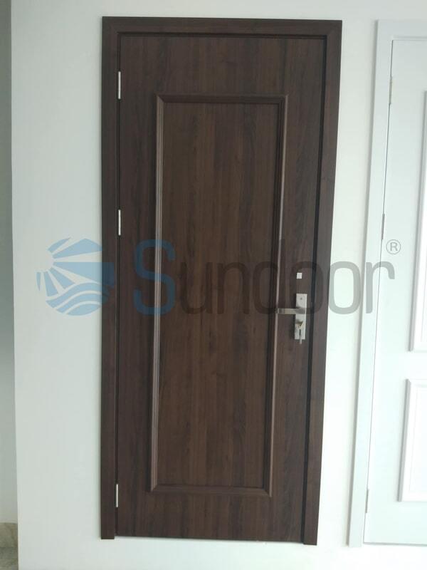 Cửa nhựa gỗ Composite phào nổi Sundoor-22